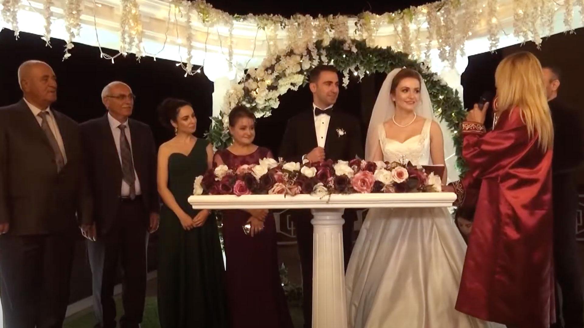 Akşam Teras Nikahlı Düğün / 14 Nisan 2020 Salı